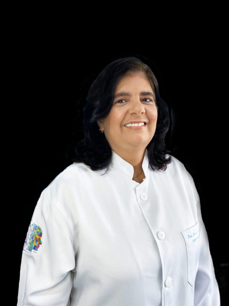 Profª. Drª. Renata Fernandes